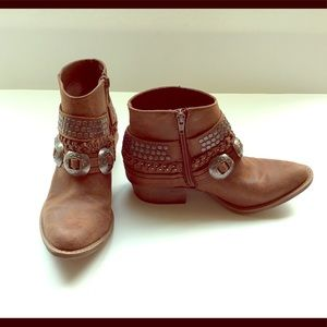 Coconuts by Matisse cowboy boot pointed toe size 6
